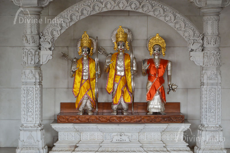 Why do idol worship in Hinduism? Why idol worship is important