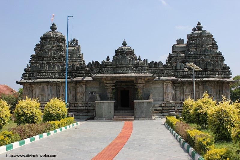मल्लिकार्जुन ज्योतिर्लिंग मंदिर