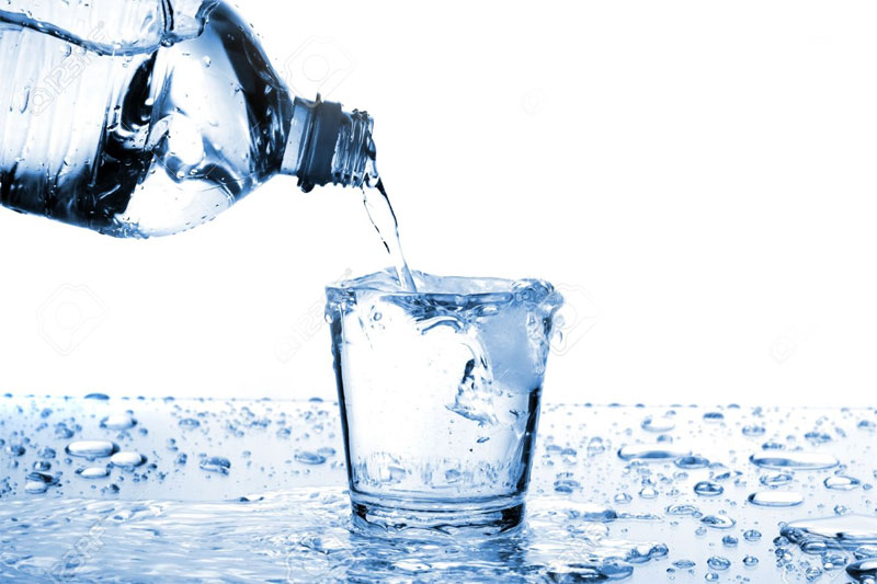 What is the right way to drink water?